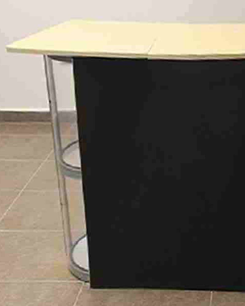 Display tipo escritorio con PVC