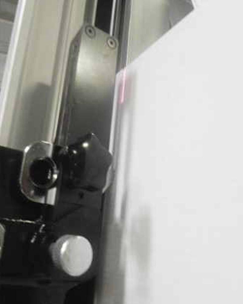 Guillotina de rodillo para cortar acrilico