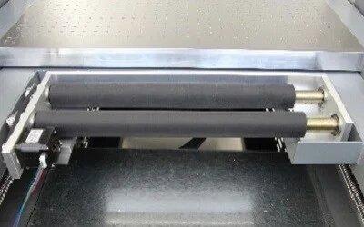 equipo-de-cama-plana-con-accesorio-para-la-impresion-de-cilindros.jpg